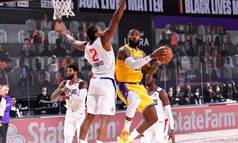 """The Lakers win the LA showdown, LeBron James said, """"I just wanted to go aggressive"""""""