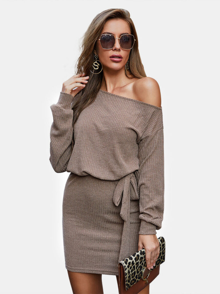 Solid Color Ribbed Dress With Belt